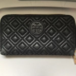Tory Burch Marion Quilted Continental Zip Wallet